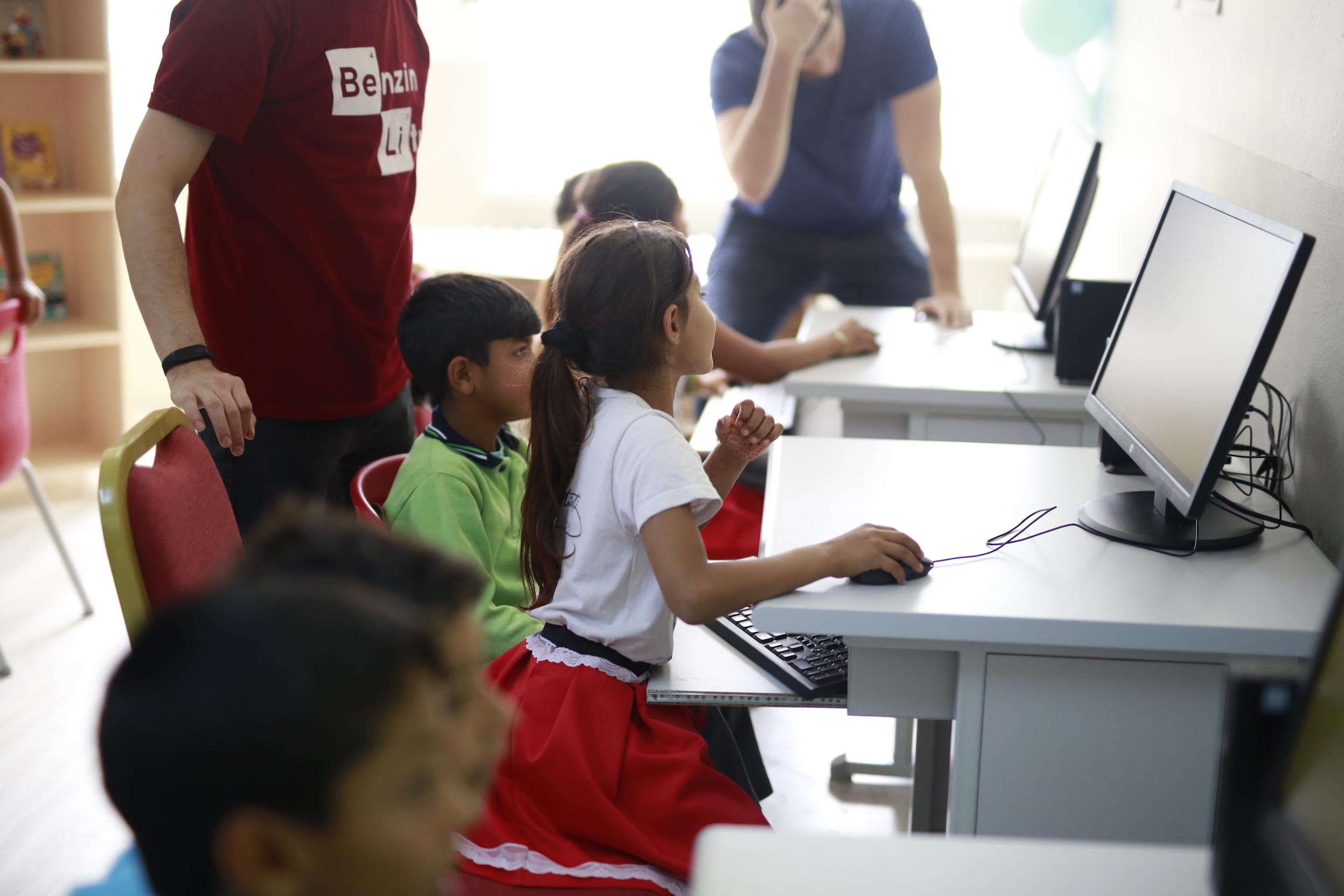 Aydın Acarlar Sosyal Sorumluluk Projesi Kodlama Eğitimi